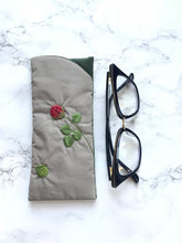Eyeglass case, Padded Sunglass Case, Raspberry Eye Glass Holder, Soft Glasses Pouch, Accessories, Best Friend Gift, Gift for Her, Sunglasses