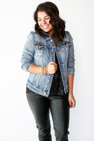 KIARA CLASSIC DENIM JACKET