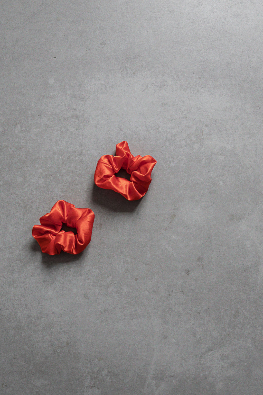 Silk scrunchie set