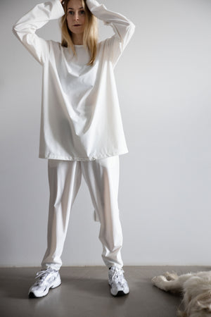 Unisex oversized jumper white