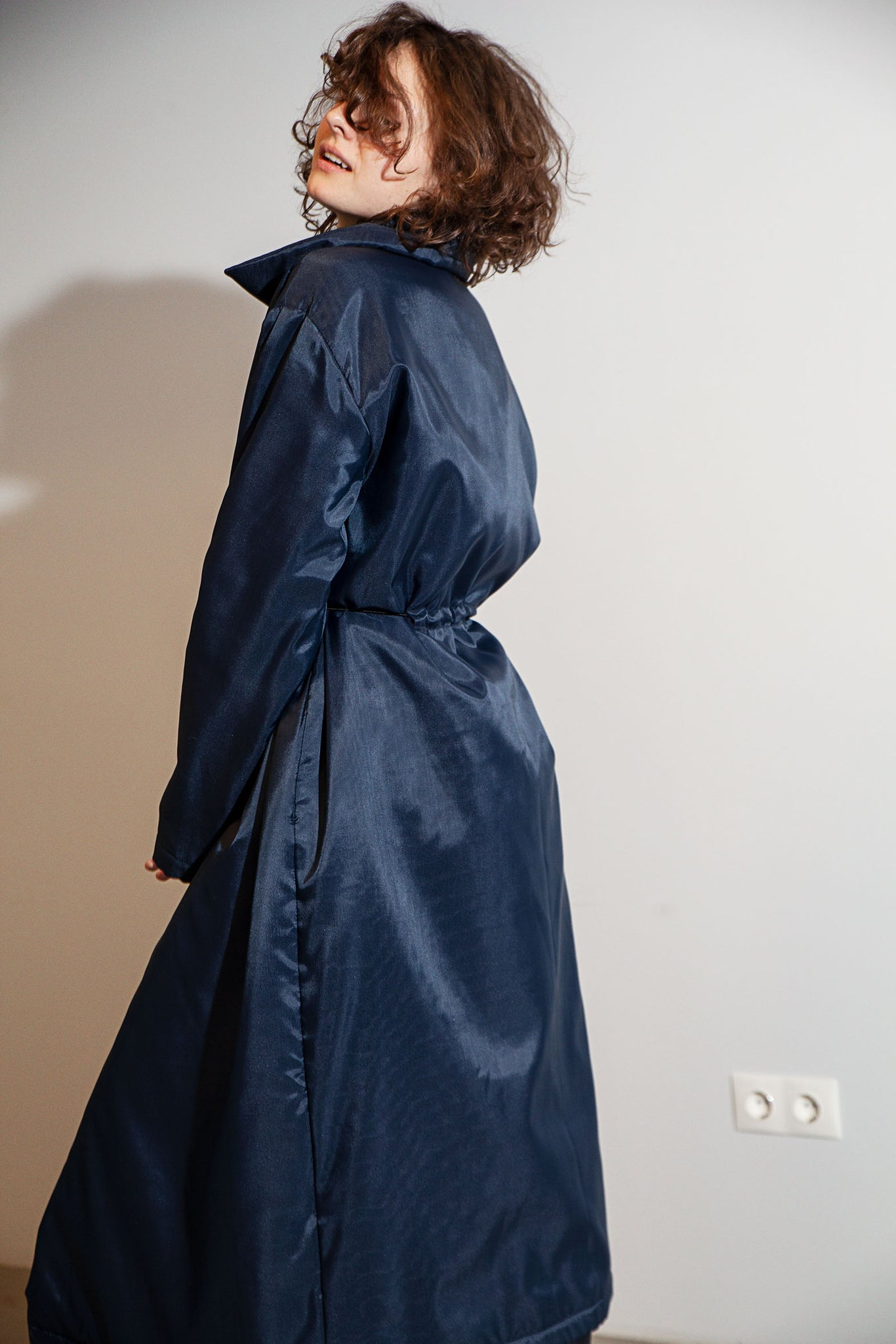 Long puffy coat in dark blue
