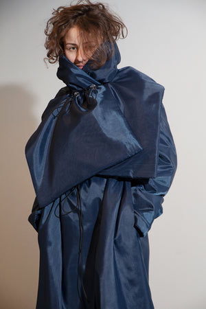 Puffy scarf in dark blue