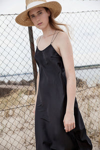 Loose fit mid lenght slip dress