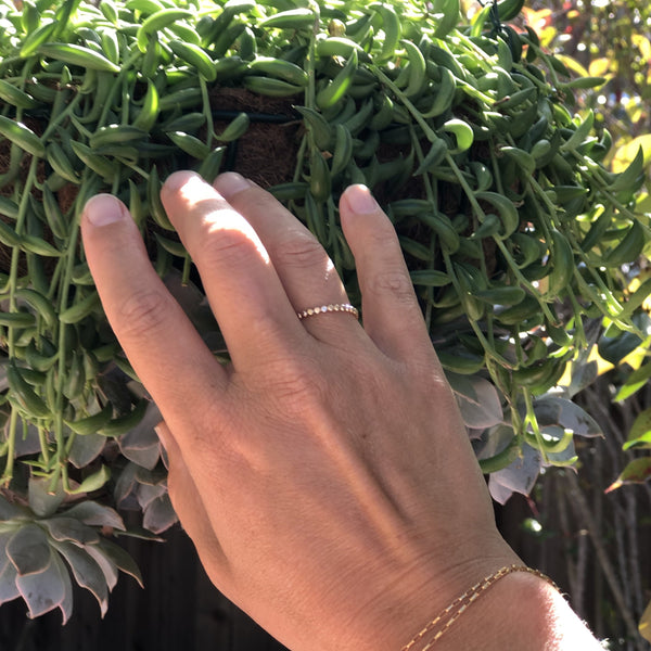 Bubbles | Dainty Gold Ring