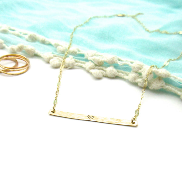 Dainty Heart | Hammered Bar | Gold Necklace