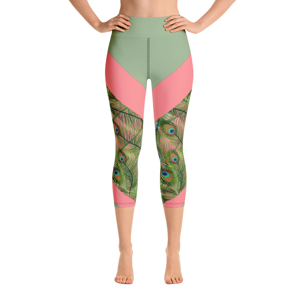 Peacock Feather Women's Yoga Capri Leggings with Inside Pockets