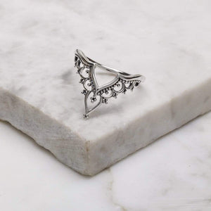 VESARA ~ STERLING SILVER RING