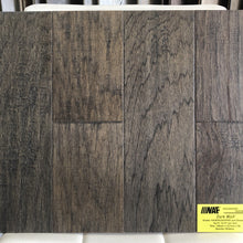 NAF ENGINEERED HARDWOOD Dark Wolf
