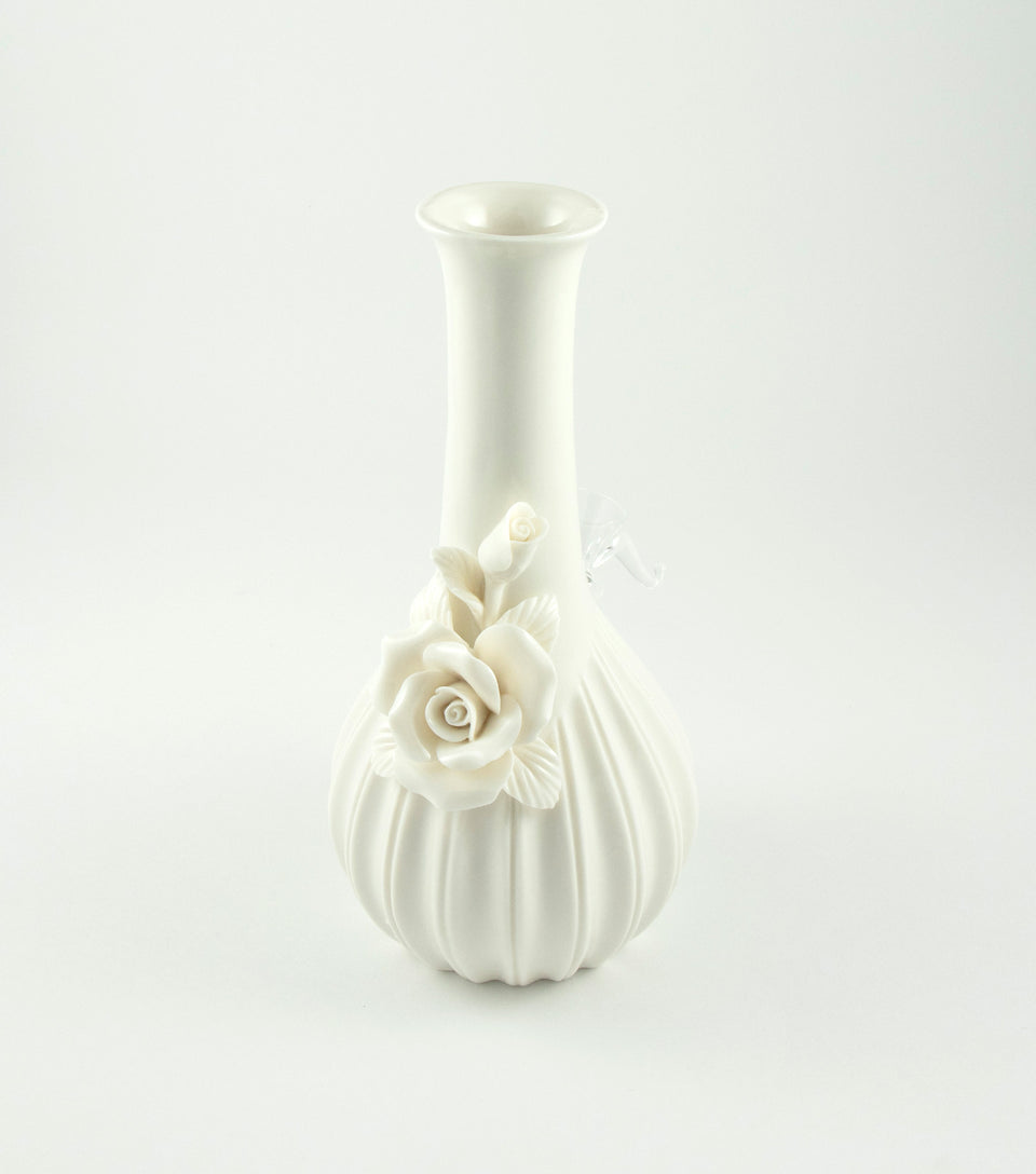 Cannabis Bong in Ivory with Rose