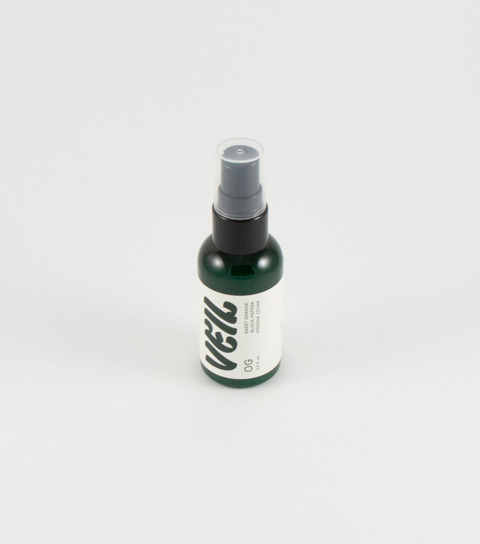 Natural weed smoke eliminator made with essential oils.
