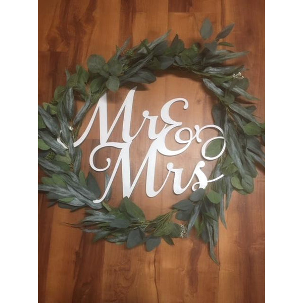 *RENTAL* Mr & Mrs Wreath