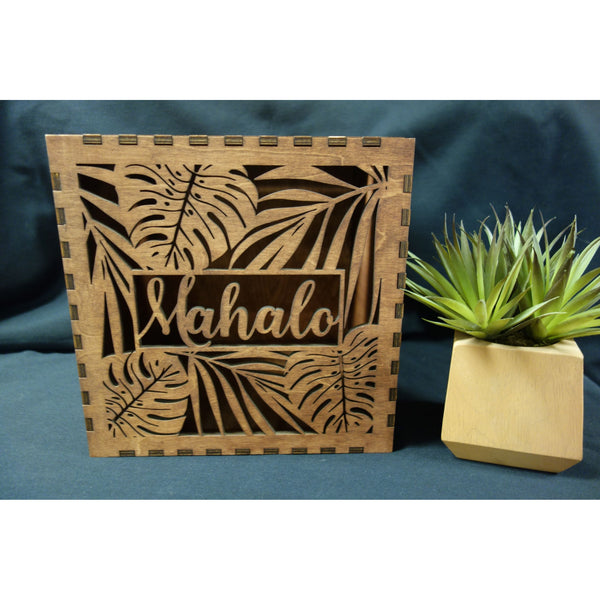 *RENTAL* Mahalo card box, Square