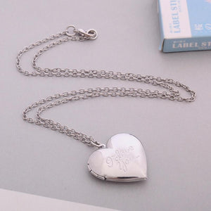 Jewelry Secret Love Letter Heart Locket With Sculpt I Love You - Secret Love Letter Heart Locket With Sculpt I Love You