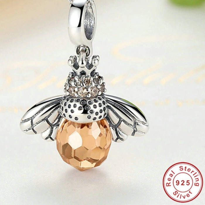 Jewelry Stunning And Elegant Bee Necklace Pendant - Stunning And Elegant Bee Necklace Pendant