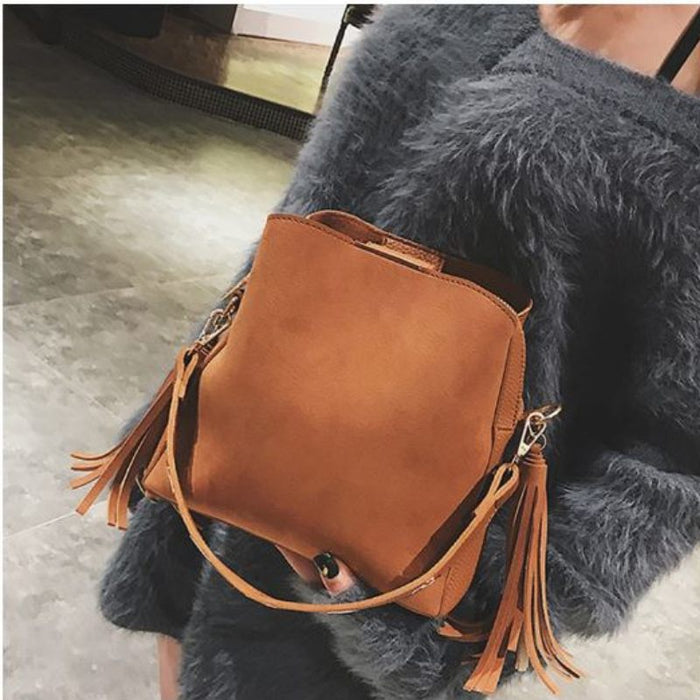 Vintage Tassel Bucket Shoulder Bag-Boots N Bags Heaven