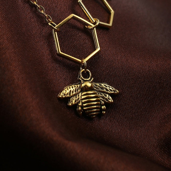 Trendy Honeycomb Pendant Necklace-Boots N Bags Heaven