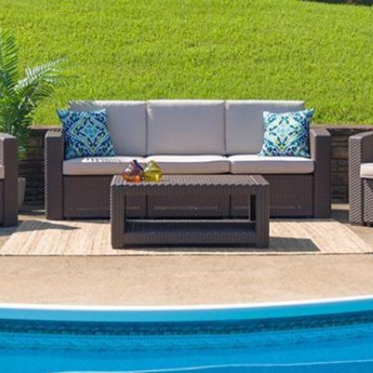 Outdoor Sofa & Loveseats