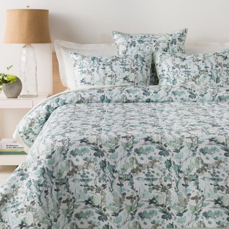 Naida Bedding-Bedding-Surya-Wall2Wall Furnishings