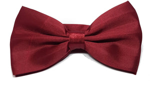 Shiny red bow tie for gentlemen. | The Perfect Gentleman
