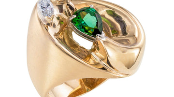 Green Tourmaline Diamond Yellow Gold Cocktail Ring