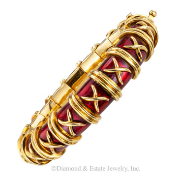 Tiffany Schlumberger Croisillon red enamel yellow gold bangle bracelet circa 1970.