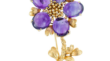 Vintage Cabochon Amethyst Yellow Gold Flower Brooch