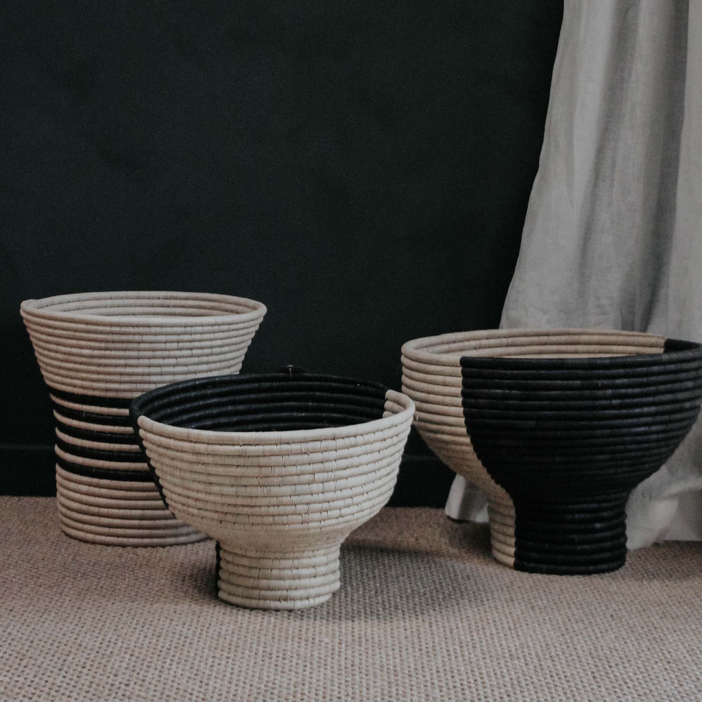 Pedestal Basket in Black and Natural, Large