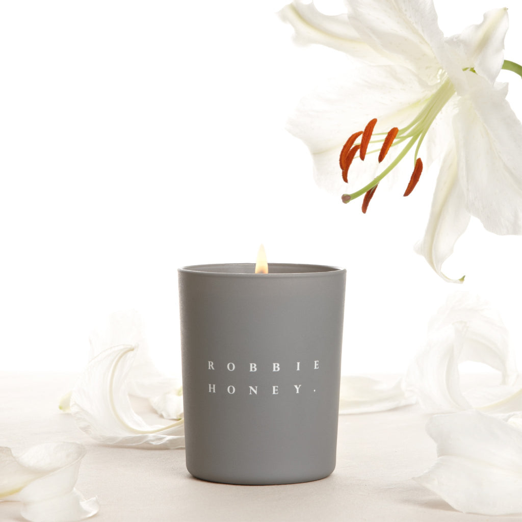 Robbie Honey Candle, Casa Blanca