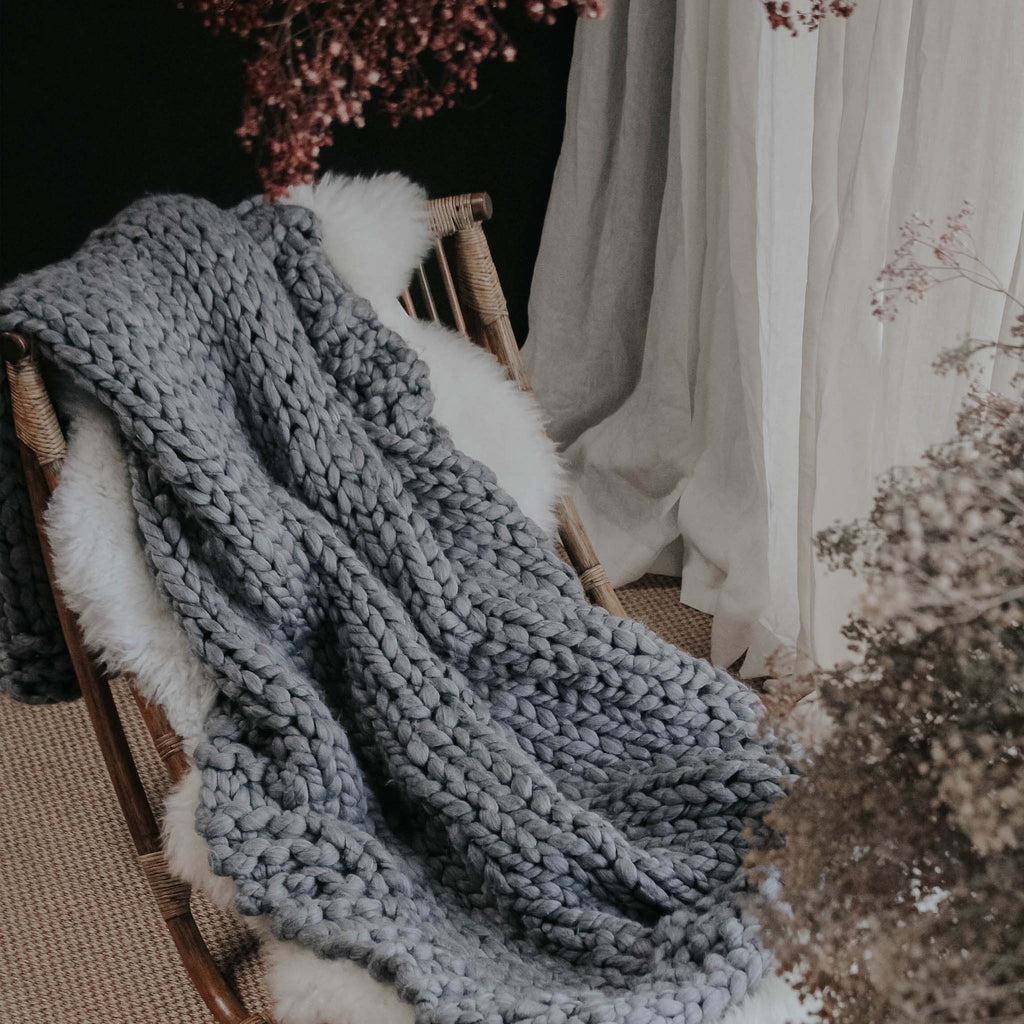 Chunky Knitted Throw, Grey