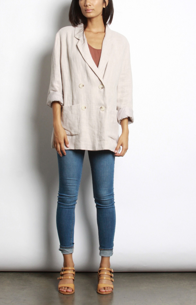Oversized linen blazer for all seasons