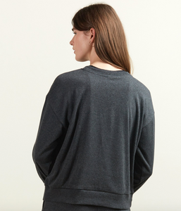 Body Contour Sweatshirt