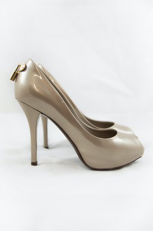 Louis Vuitton Beige Patent Leather Peep Toe