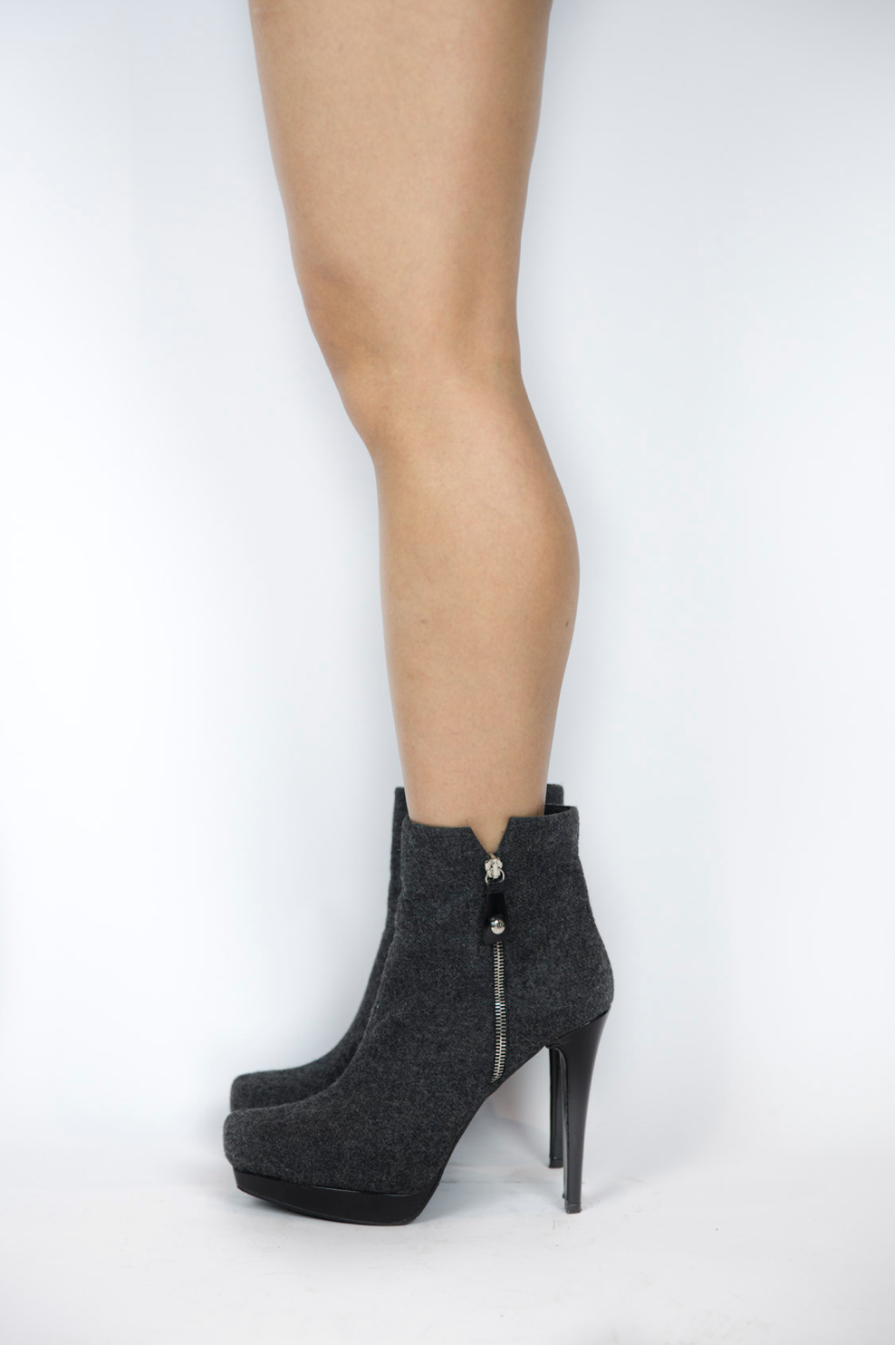 Stuart Weitzman - Dark Grey Booties