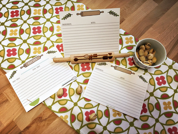 Recipe Card Set with Rolling Pin Holder