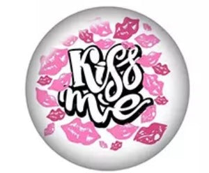 Kiss Me Lips-12mm Glass Cabochon