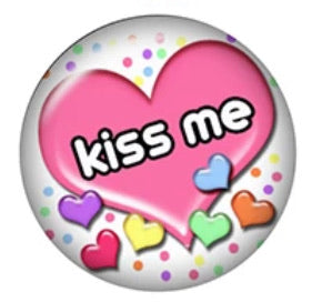 Kiss me-12mm Glass Cabochon