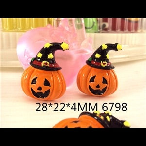 Pumpkin Witch Resin