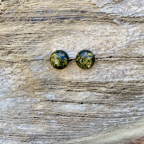 Sparkling Green Round Baltic Amber Post Earrings- BAER28