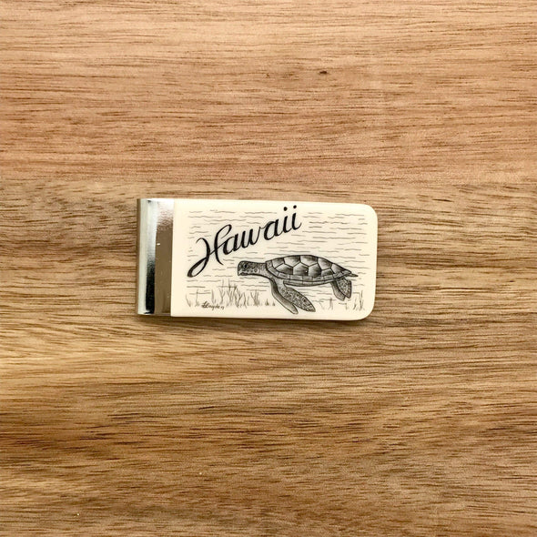 Scrimshaw Style Wide Money Clip featuring a green sea turtle and the word Hawaii designed by artist Linda Layden