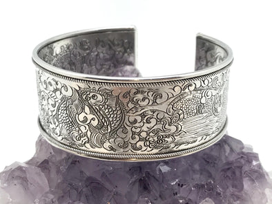 Nepalese Small Twin Fish stamped Silver Cuff Bracelet - BMT-SM