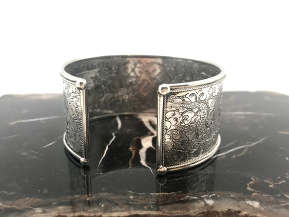 Nepalese Medium Twin Fish stamped Silver Cuff Bracelet- BMT-MED