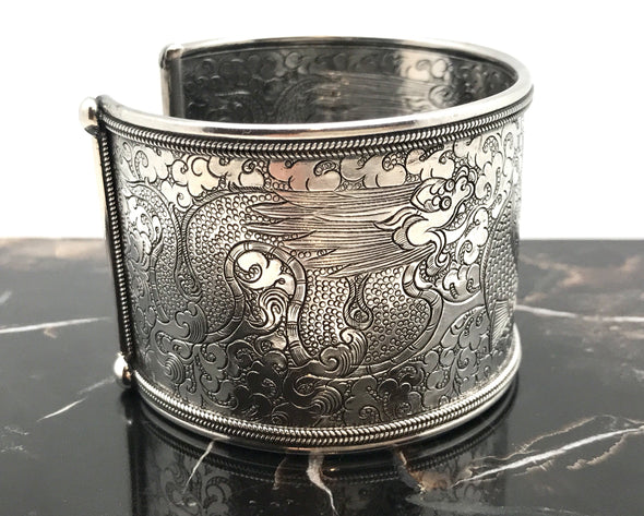 Twin Fish Cuff Bracelet silver - Large, Side view - BMT-LG