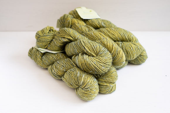 the fibre co terra worsted - olive leaf