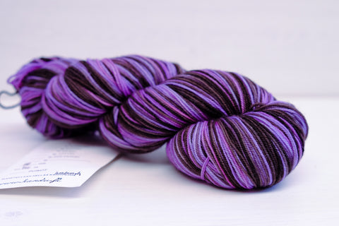 handu sock - purple/black