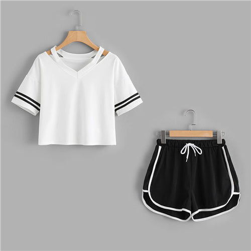 Stripe Sleeve Tee Top With Contrast Trim Shorts Sets Black and White / XL in Strawbie Collections - girls dress set