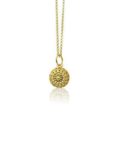 Domed filigree pendant and chain