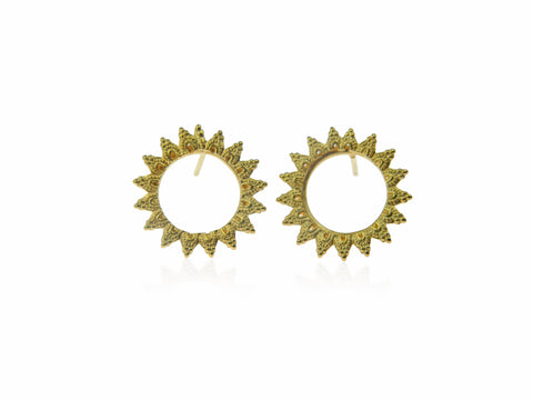 Large and small lace round studs