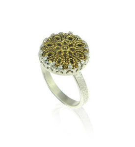 Medium filigree ring