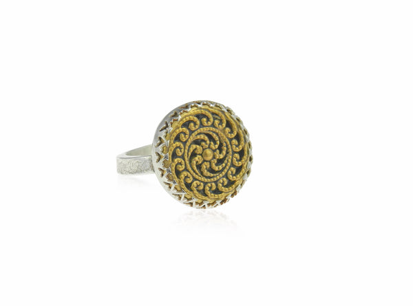 Wave filigree ring