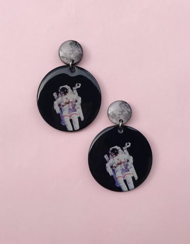 MAN AND MOON EARRINGS